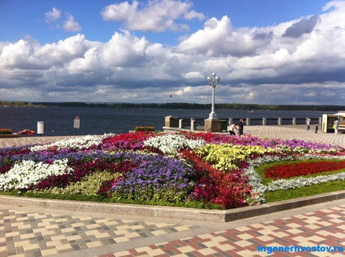 Средняя Волга в Самаре в середине сентября