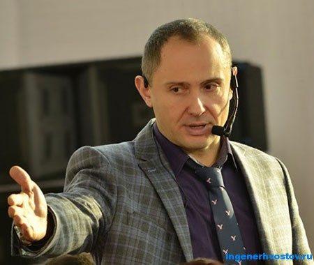 Павел Раков - эксперт