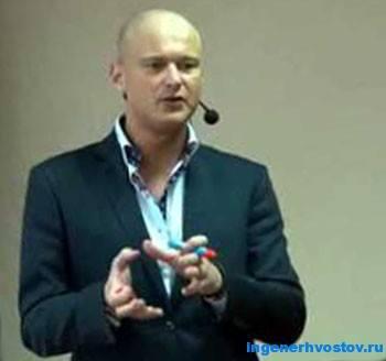 Олег Луканов - соблазнитель