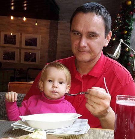 Виталий Кузнецов с дочкой