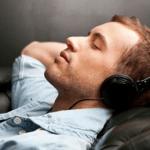 Как слушать музыку в ВК не заходя в него
