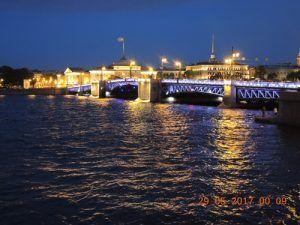 Мост на Неве в Питере