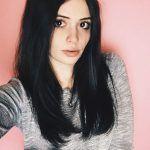 Успех Карины Каспарянц: от скромной девушки до звезды YouTube