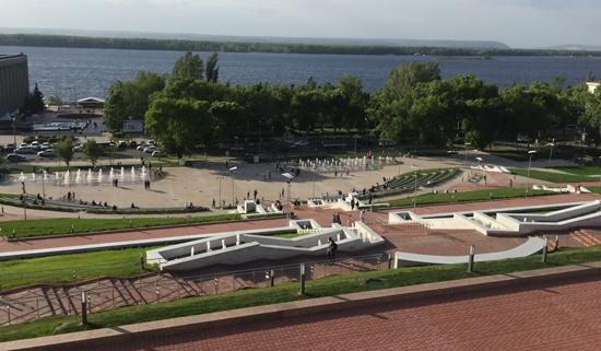 Амфитеатр, Самара, вид с площади Славы