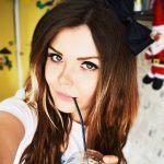 Елена Райтман — девушка, которая расскажет о переписках в интернете