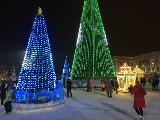 Площадь Куйбышева в новогодние праздники