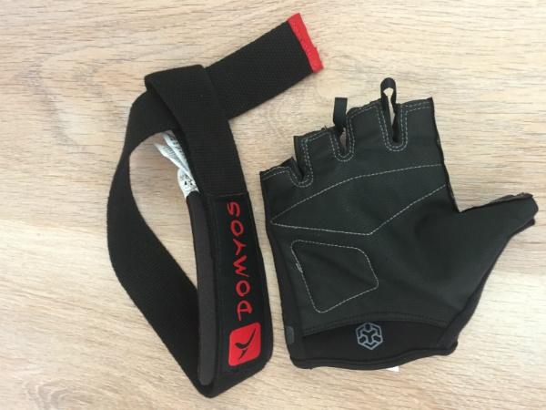 Перчатки и лямки для силового спорта