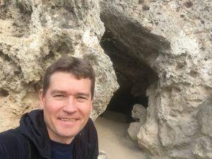 У пещеры Братьев Греве