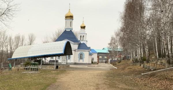 Храм под Царевом курганом с Волги-10