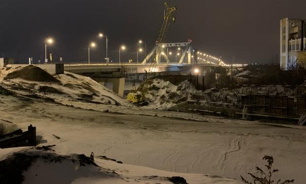 Новый фрунзенский мост через реку Самара