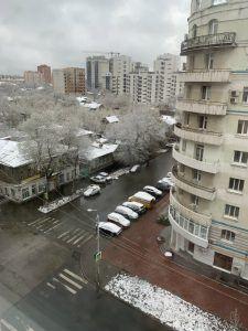 24 апреля, снег