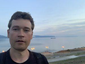 Андрей Хвостов на набережной Тольятти