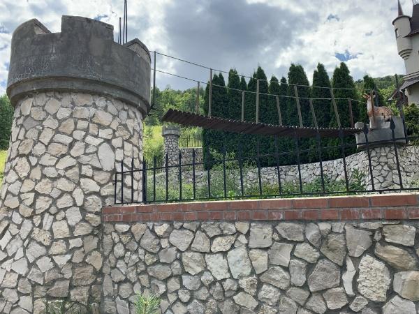 Замок в Ширяево