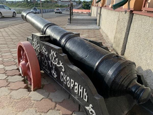 Сызрань, старая архитектура, пушки, краеведческий музей