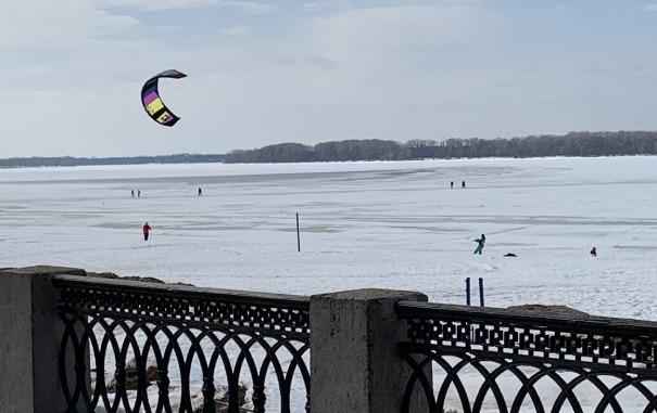 Волга в марте