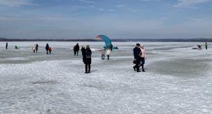 Волга, март