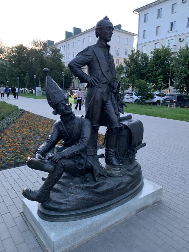 Памятник Суворову в Пензе
