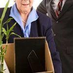 Можно ли пенсионеру уволиться без отработки?!